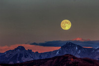 Harvest Moon Over Dallas Divide